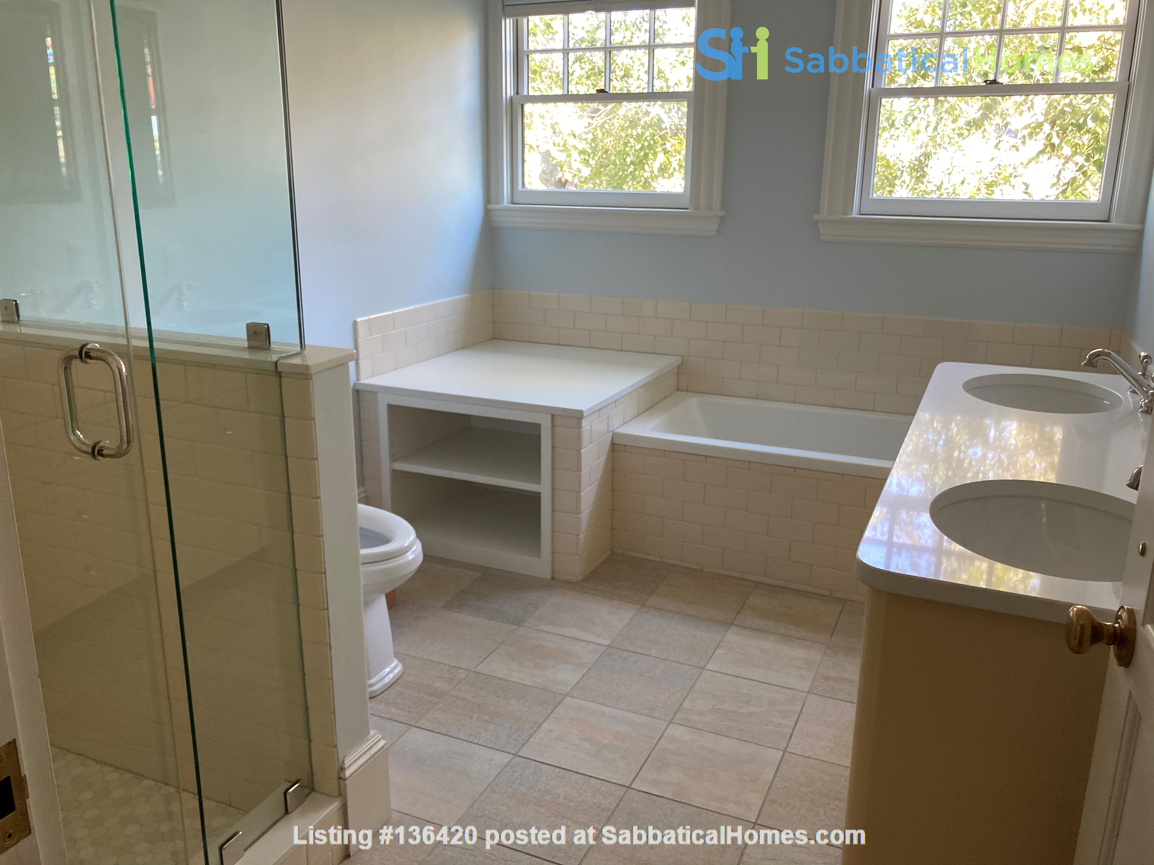 Parkside Jamaica Plain Victorian Home Rental in Boston, Massachusetts, United States 9