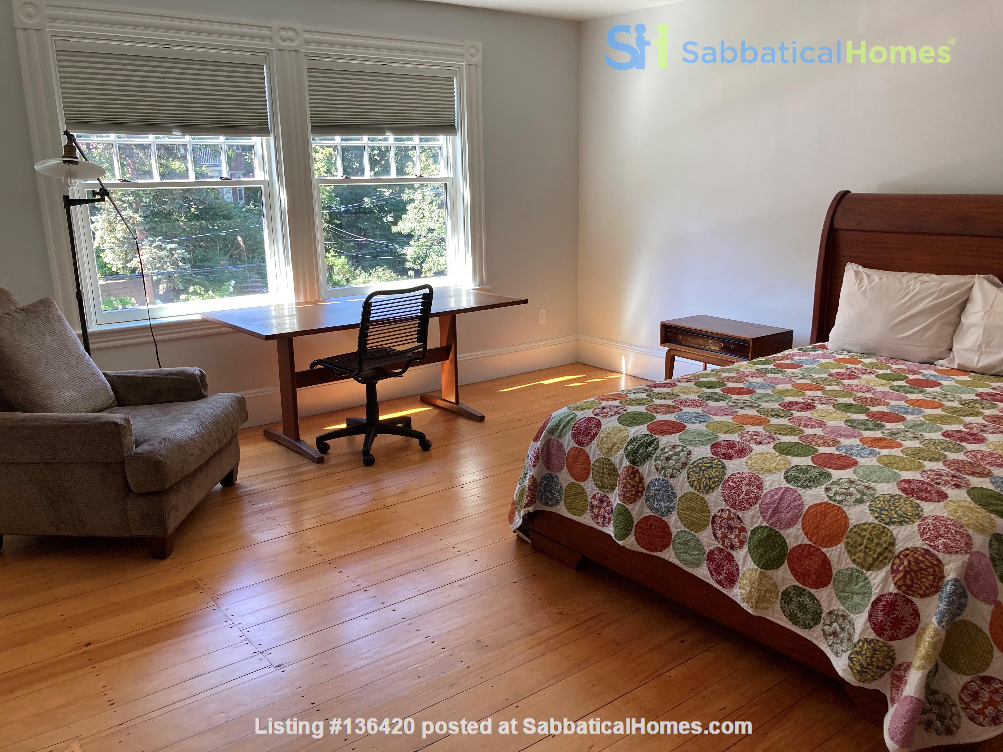Parkside Jamaica Plain Victorian Home Rental in Boston, Massachusetts, United States 8