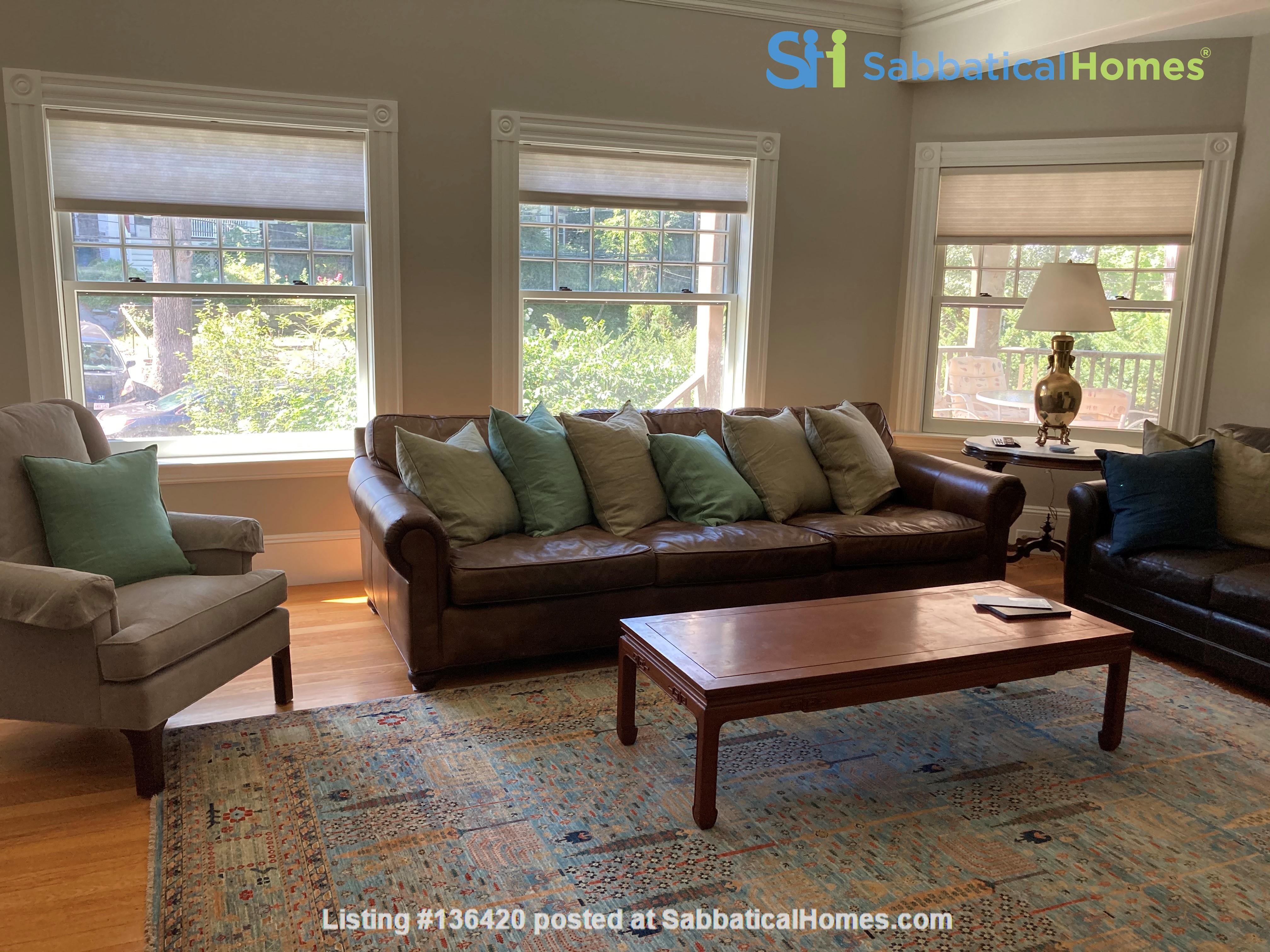 Parkside Jamaica Plain Victorian Home Rental in Boston, Massachusetts, United States 4
