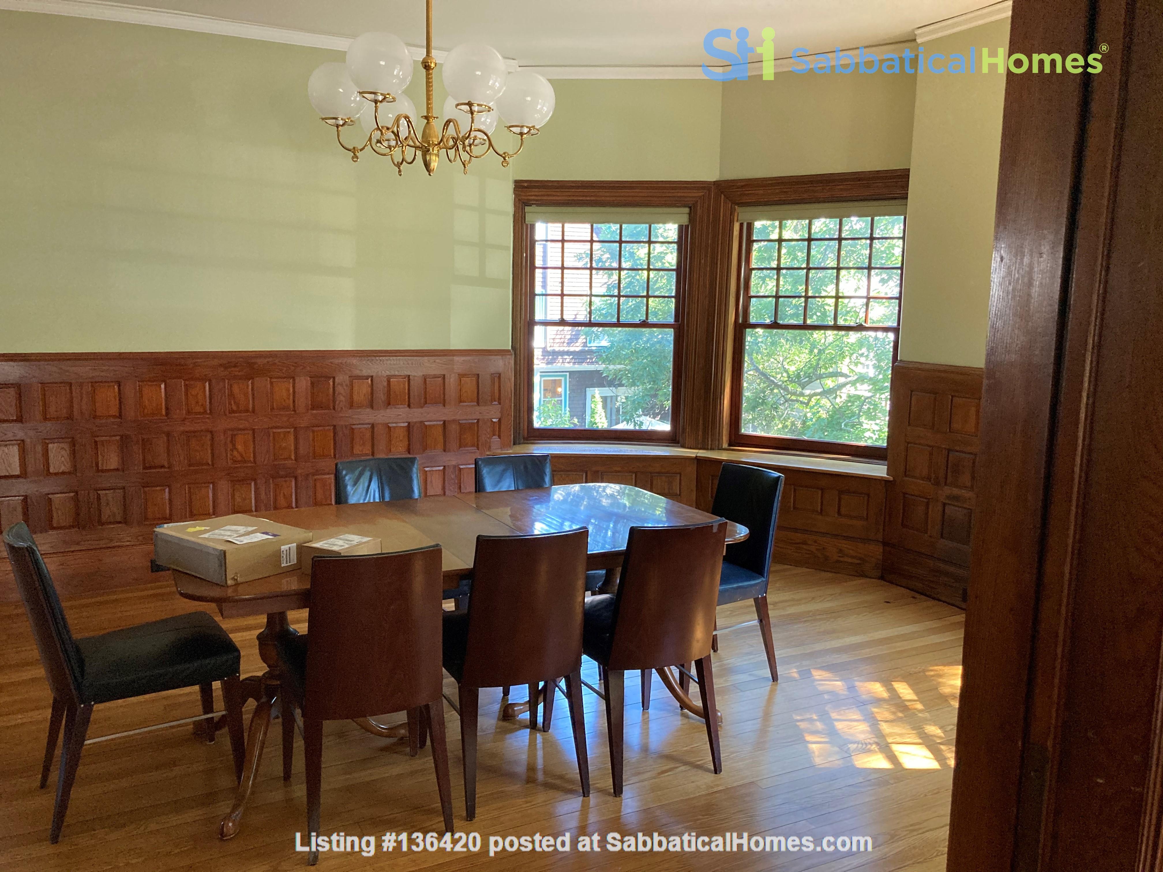 Parkside Jamaica Plain Victorian Home Rental in Boston, Massachusetts, United States 5