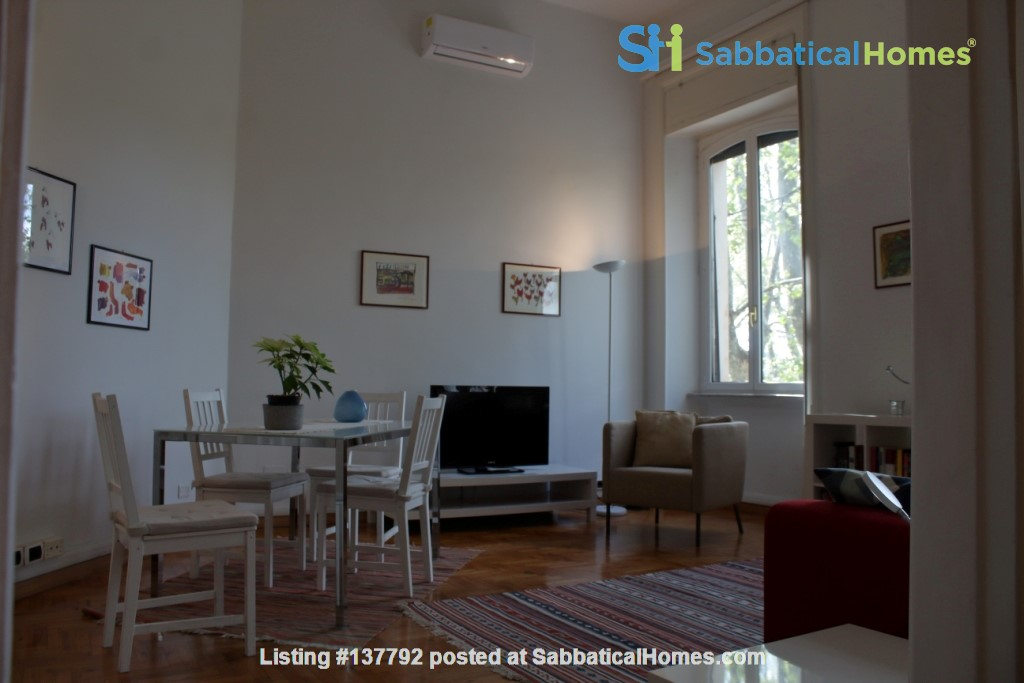 Sunny and stylish apartment in Old Jewish Area Home Rental in Rome, Lazio, Italy 6
