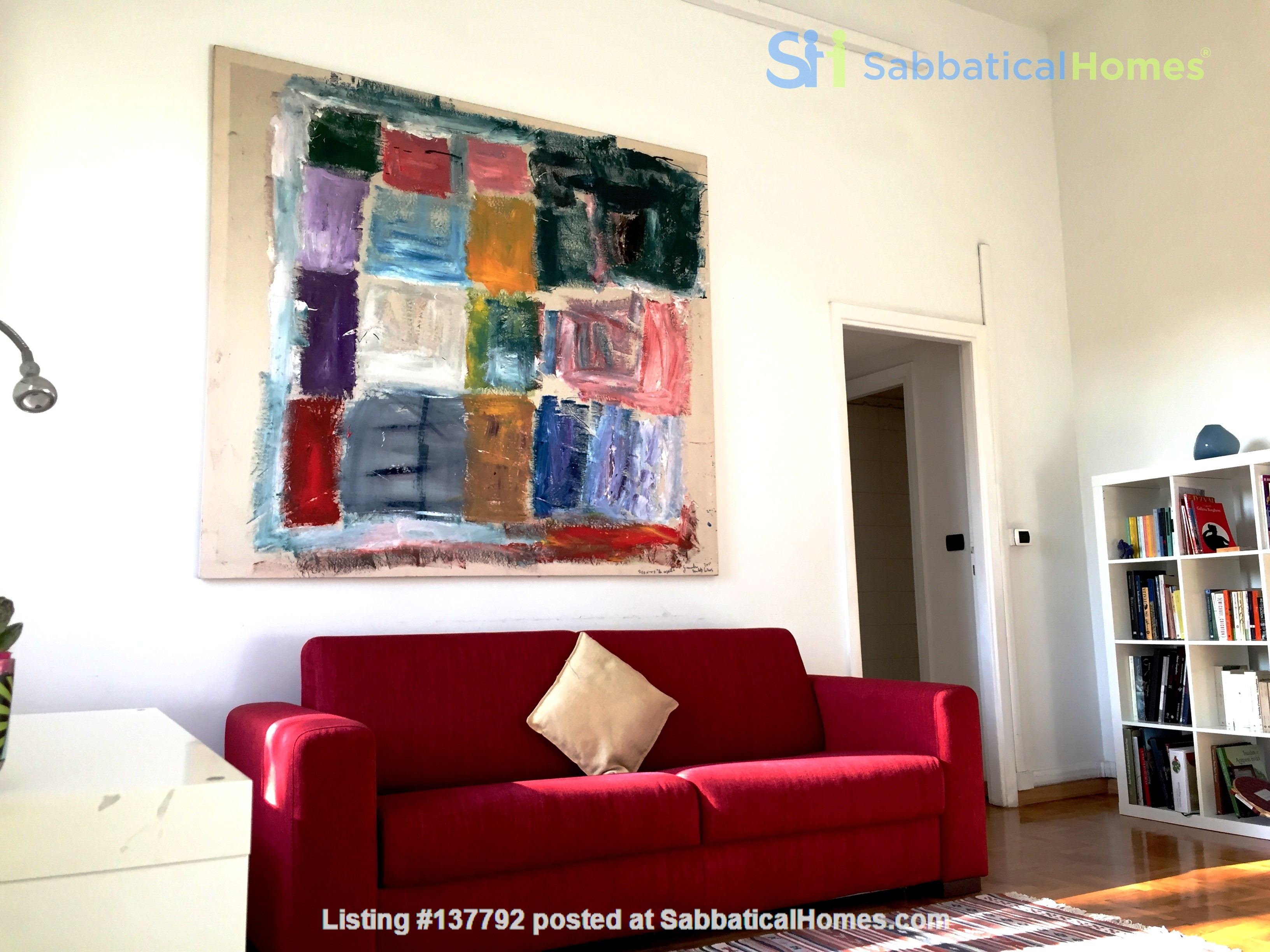 Sunny and stylish apartment in Old Jewish Area Home Rental in Rome, Lazio, Italy 1