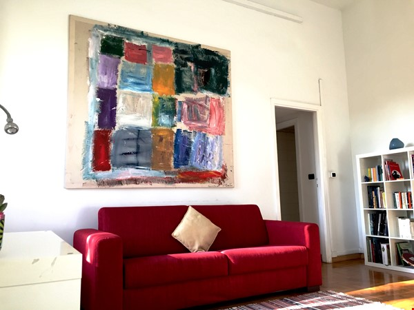 Sunny and stylish apartment in Old Jewish Area Home Rental in Rome 1 - thumbnail