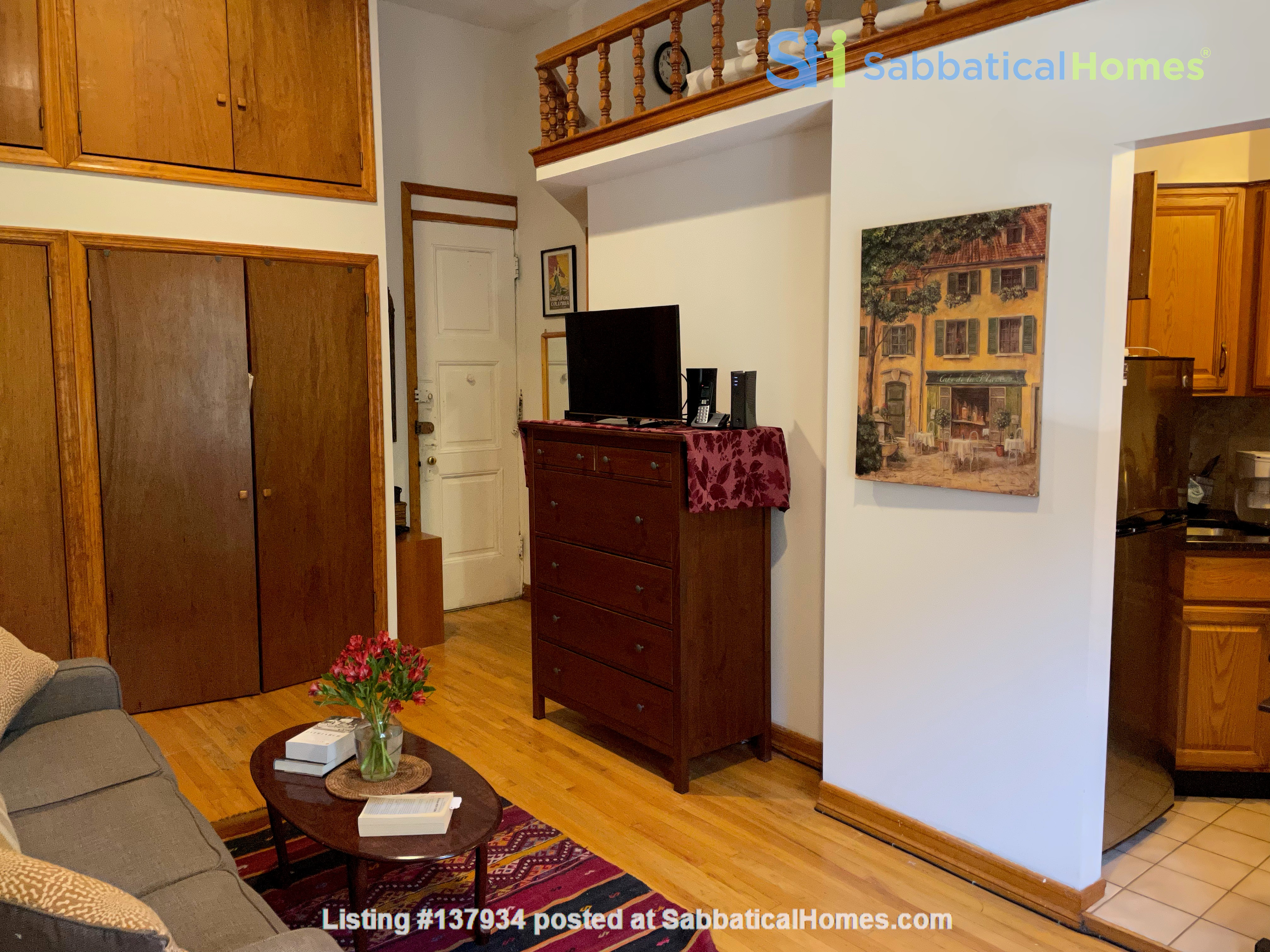 UWS Studio next to Riverside Park and the 72nd Subway Home Rental in New York, New York, United States 2