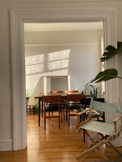 Beautiful Character Apartment in South Granville/Kitsilano Home Rental in Vancouver 4 - thumbnail