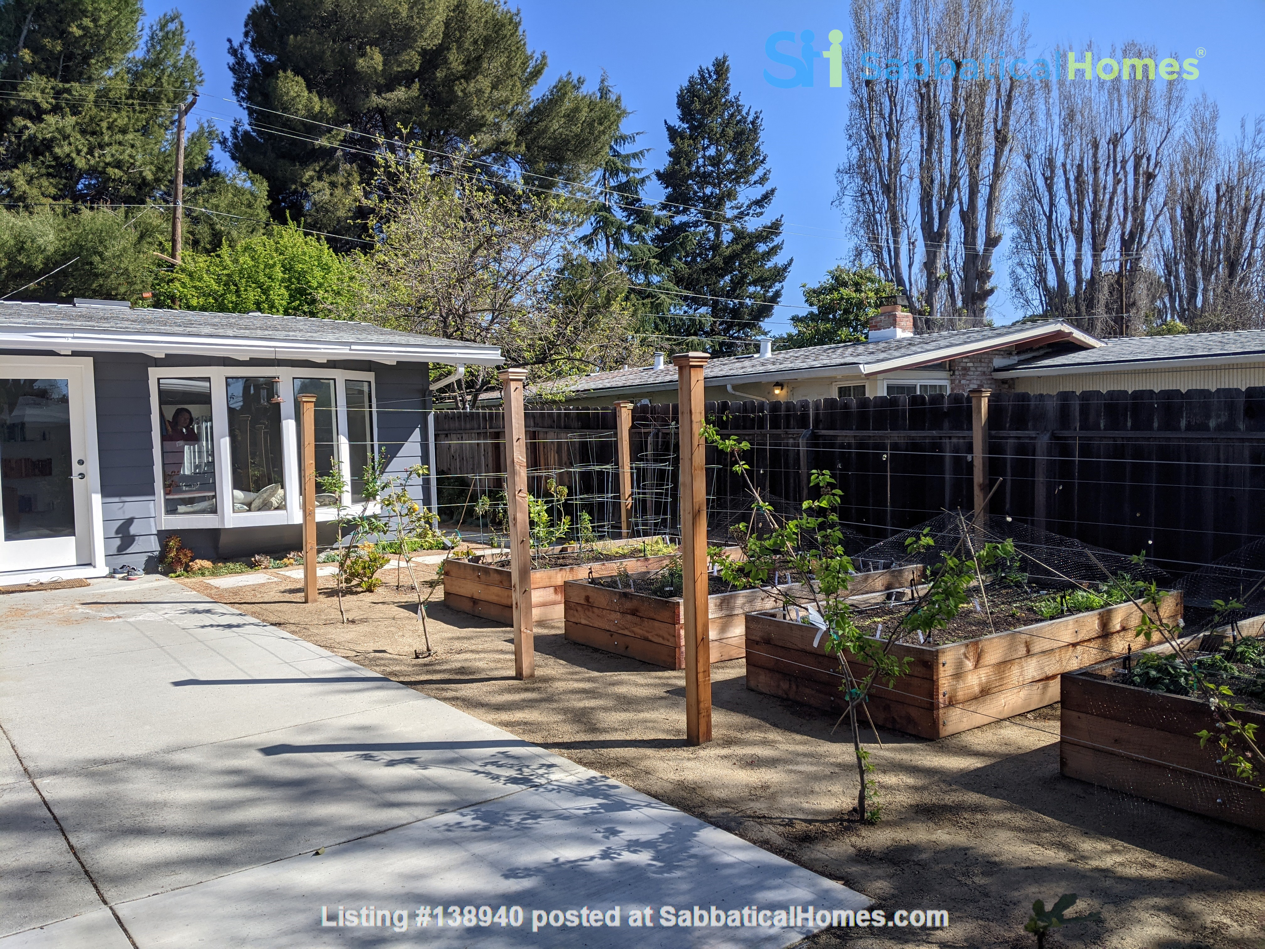 Beautiful Furnished 3 Bd/ 2 Ba Sunny Home in the heart of Silicon Valley Home Rental in Sunnyvale, California, United States 8