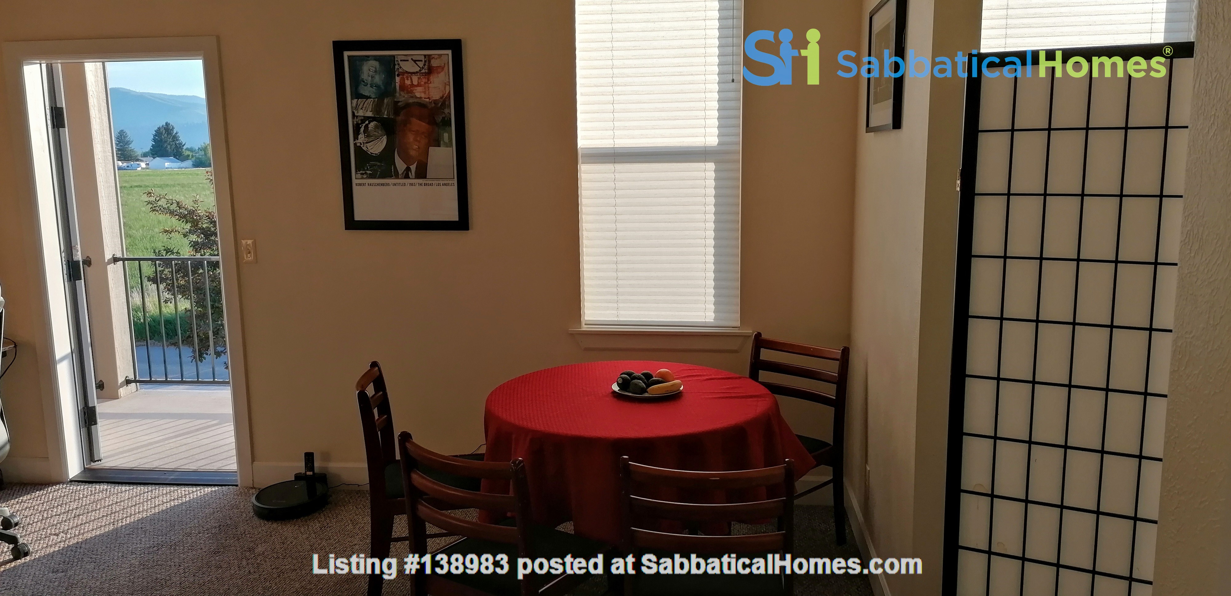 Spacious one bedroom/studio  apartment in Missoula, MT Home Rental in Missoula, Montana, United States 3