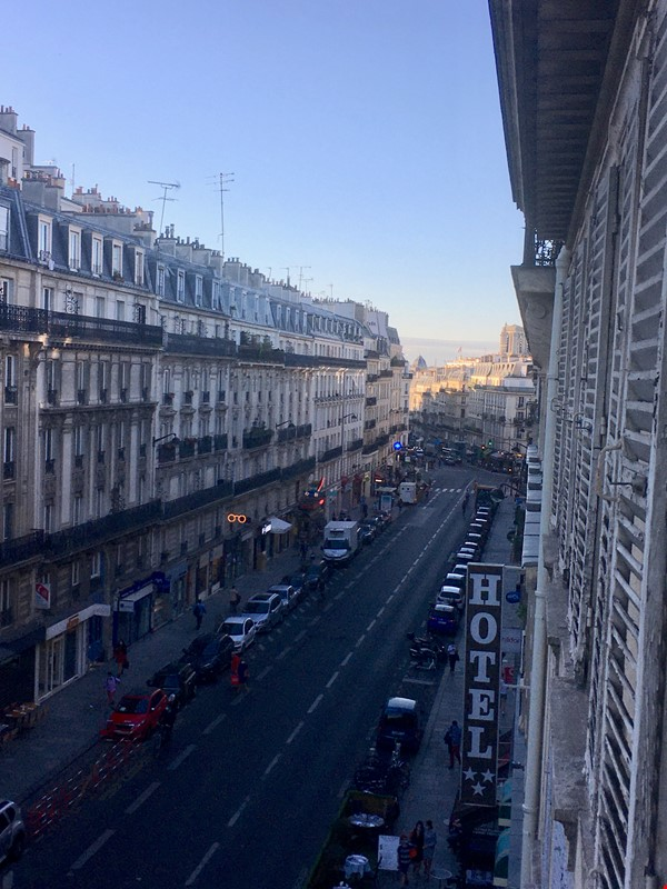Arènes de Lutèce Paris 1BD apartment Home Rental in Paris 8 - thumbnail