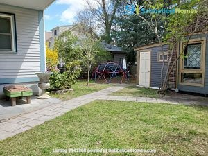 Peace & Quiet  on Cambridge/Somerville line Home Rental in Somerville, Massachusetts, United States 9