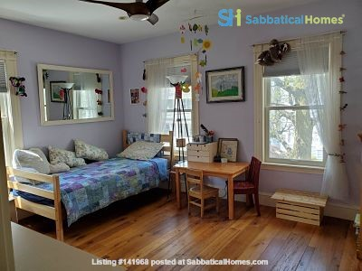 Peace & Quiet  on Cambridge/Somerville line Home Rental in Somerville, Massachusetts, United States 8