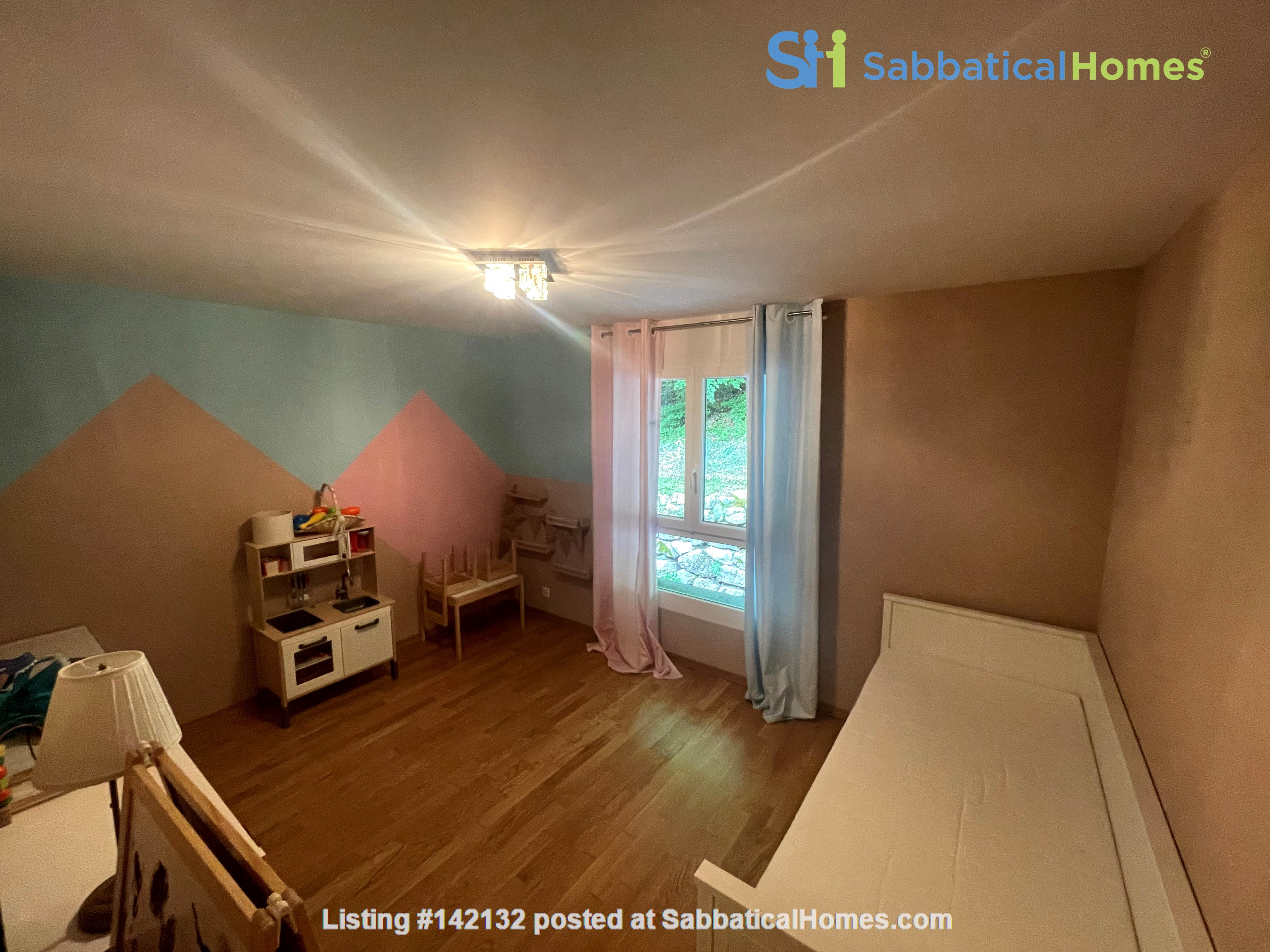 Furnished upscale flat for rent with 3 bedrooms and amazing view near Vevey Home Rental in Chardonne, Vaud, Switzerland 6