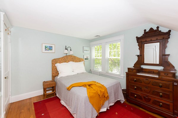 Beautifully Renovated Furnished Single Family Home. Home Rental in Cambridge 8 - thumbnail