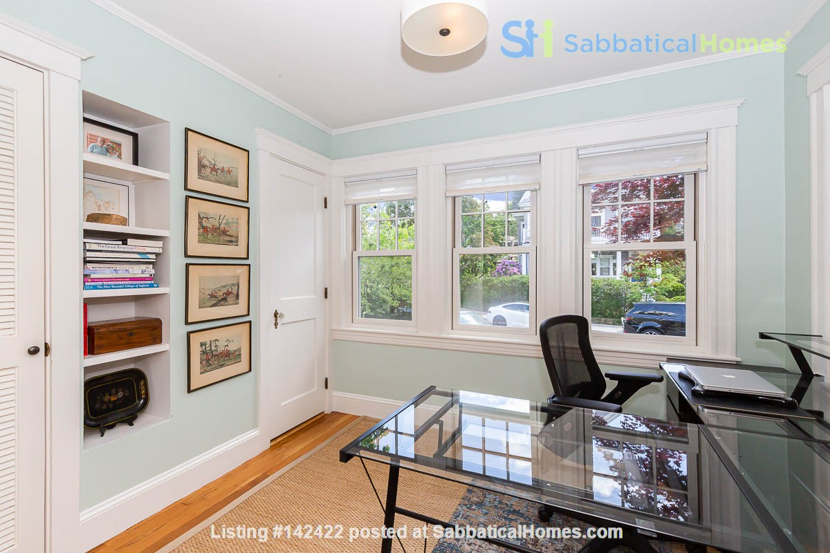 Beautifully Renovated Furnished Single Family Home. Home Rental in Cambridge, Massachusetts, United States 4