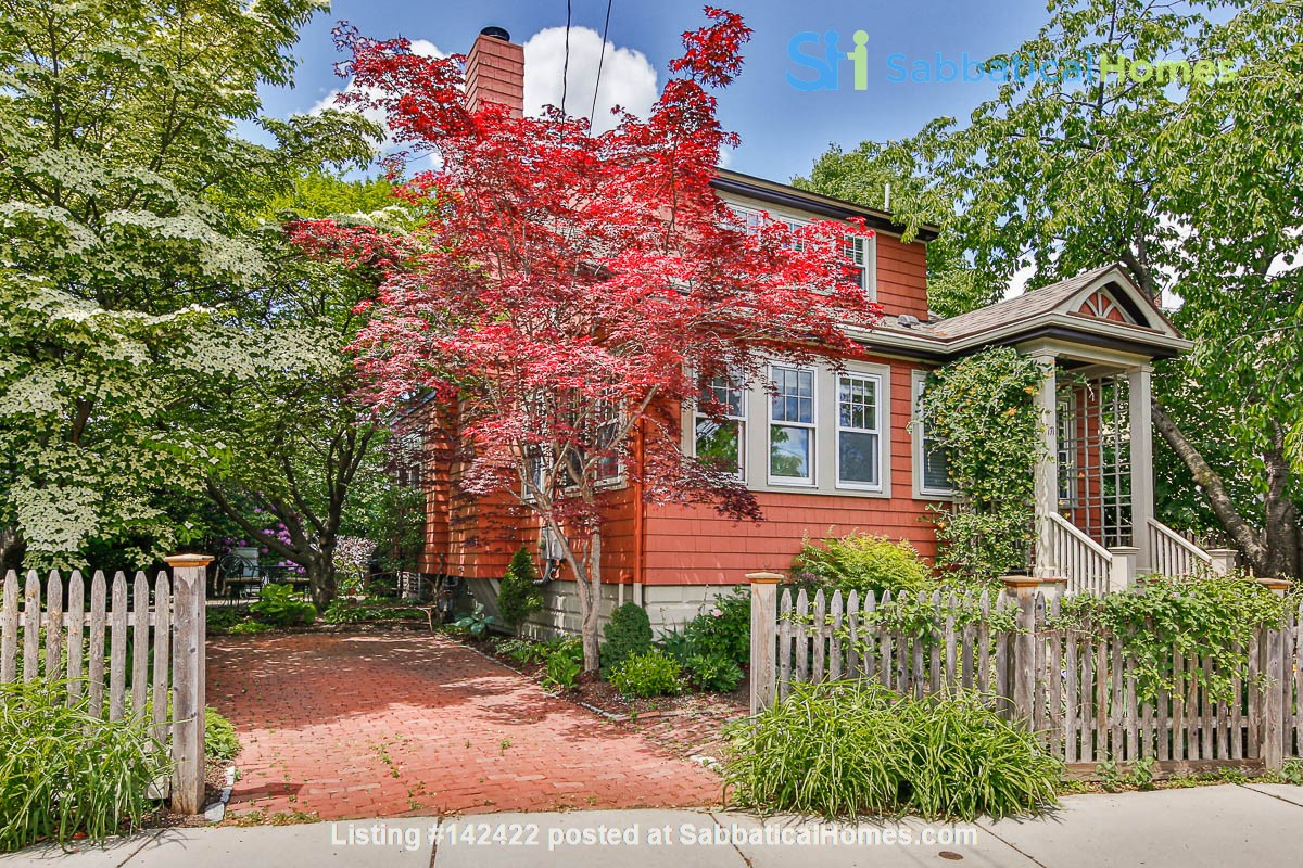 Beautifully Renovated Furnished Single Family Home. Home Rental in Cambridge, Massachusetts, United States 0