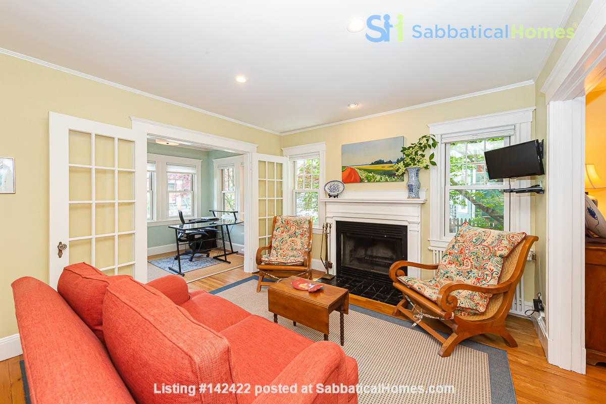 Beautifully Renovated Furnished Single Family Home. Home Rental in Cambridge, Massachusetts, United States 1
