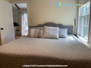 Downtown Sunnyvale Cottage for Stanford Affiliates Home Rental in Sunnyvale, California, United States 4