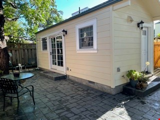 Downtown Sunnyvale Cottage for Stanford Affiliates Home Rental in Sunnyvale 8 - thumbnail
