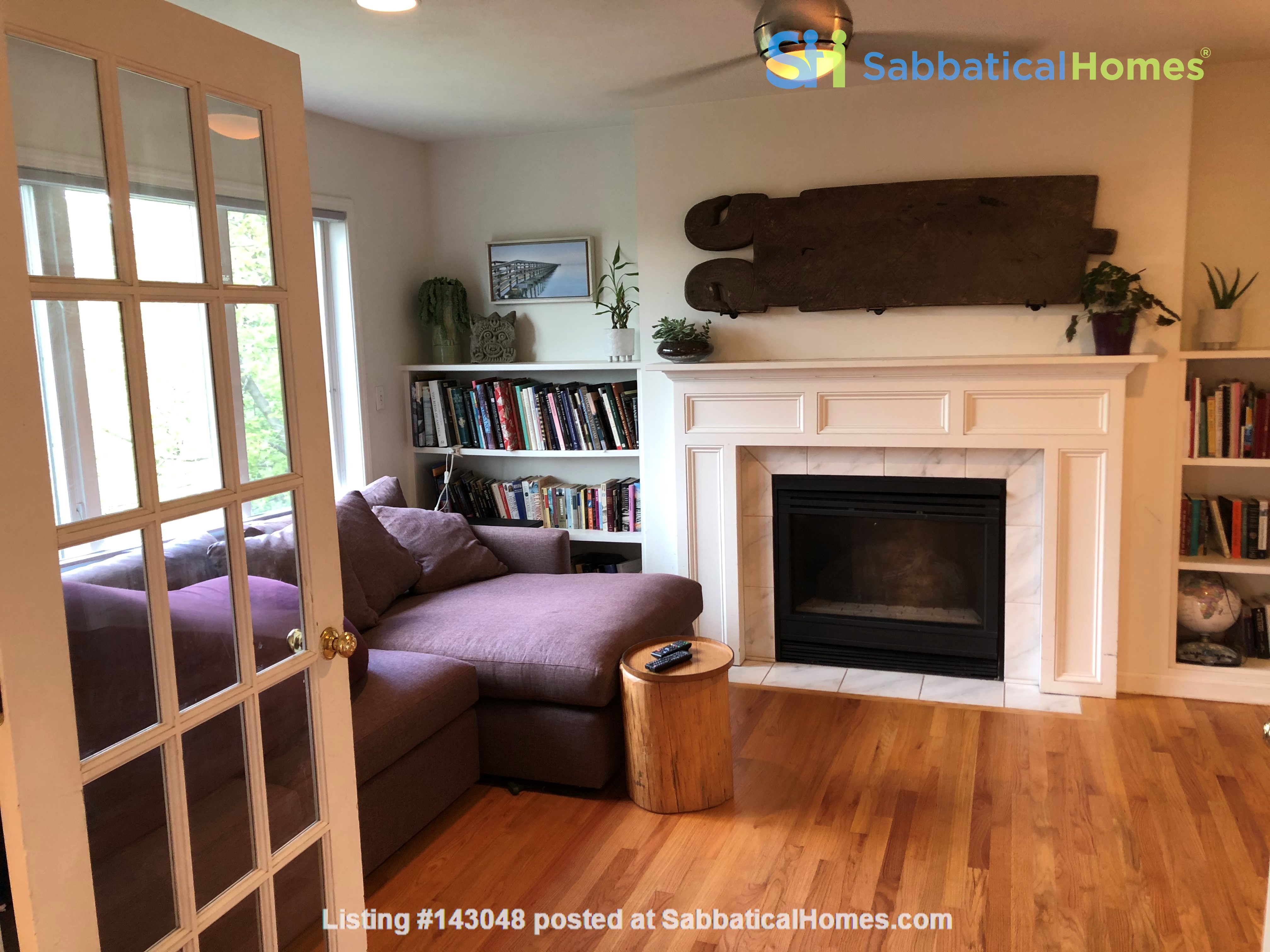 Convenient and Gracious Upstate New York--natural beauty, walk to campus Home Rental in Syracuse, New York, United States 4