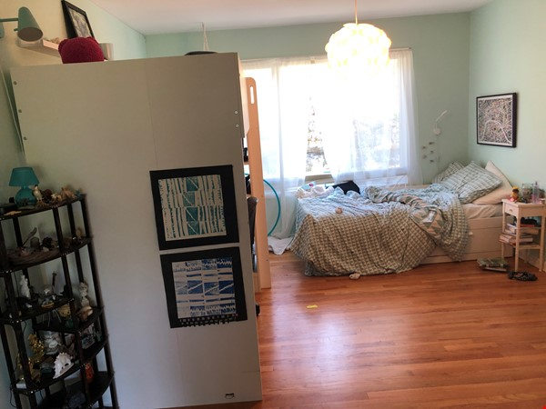Convenient and Gracious Upstate New York--natural beauty, walk to campus Home Rental in Syracuse 9 - thumbnail