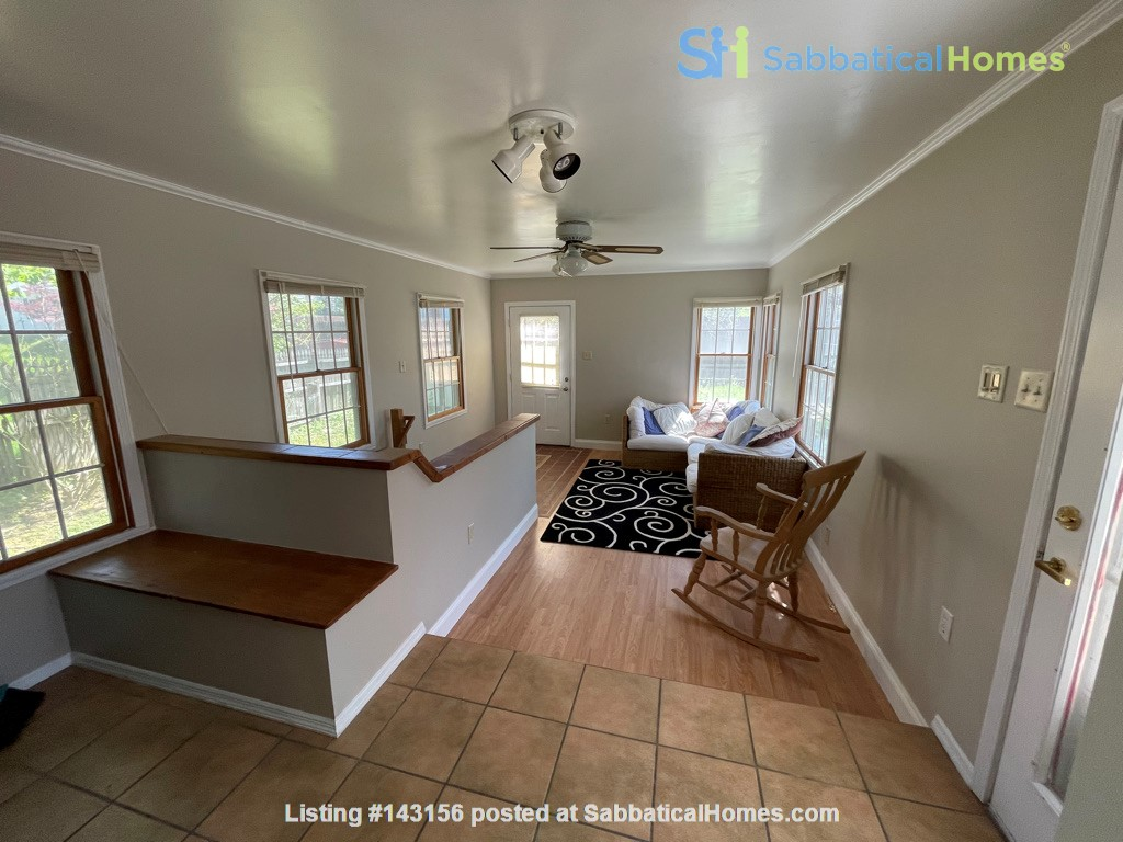 Flexible lease - large 3 bedroom townhouse - central location Home Rental in State College, Pennsylvania, United States 1