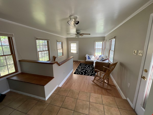 Flexible lease - large 3 bedroom townhouse - central location Home Rental in State College 1 - thumbnail