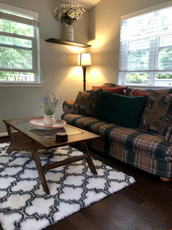 Executive / Family Condo in Wonderful Boulder nearest CU and Naropa Home Rental in Boulder 6 - thumbnail