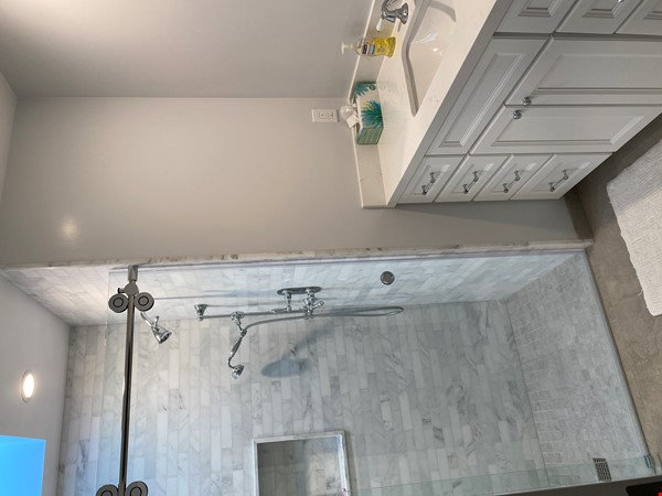 Newly renovated with infinity pool and ocean views Home Rental in Santa Barbara 4 - thumbnail