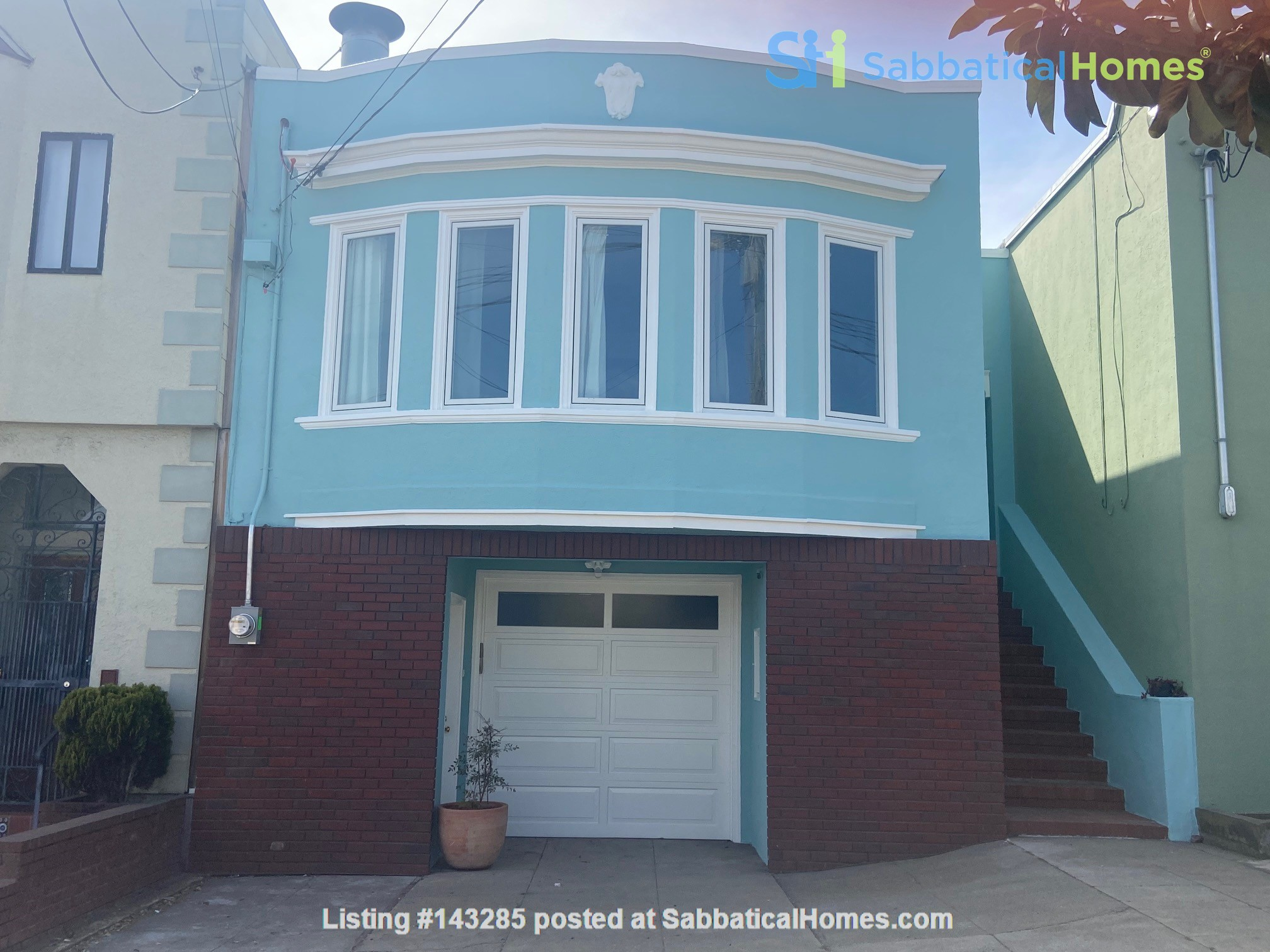 Spacious View Home  3 B/R+, 2 BA, Large Deck and Yard, Parking, W/D Home Rental in San Francisco, California, United States 0