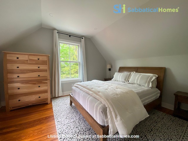 Lovely historic Forest Home house, 5 minute nature walk to Cornell. Home Rental in Ithaca, New York, United States 7
