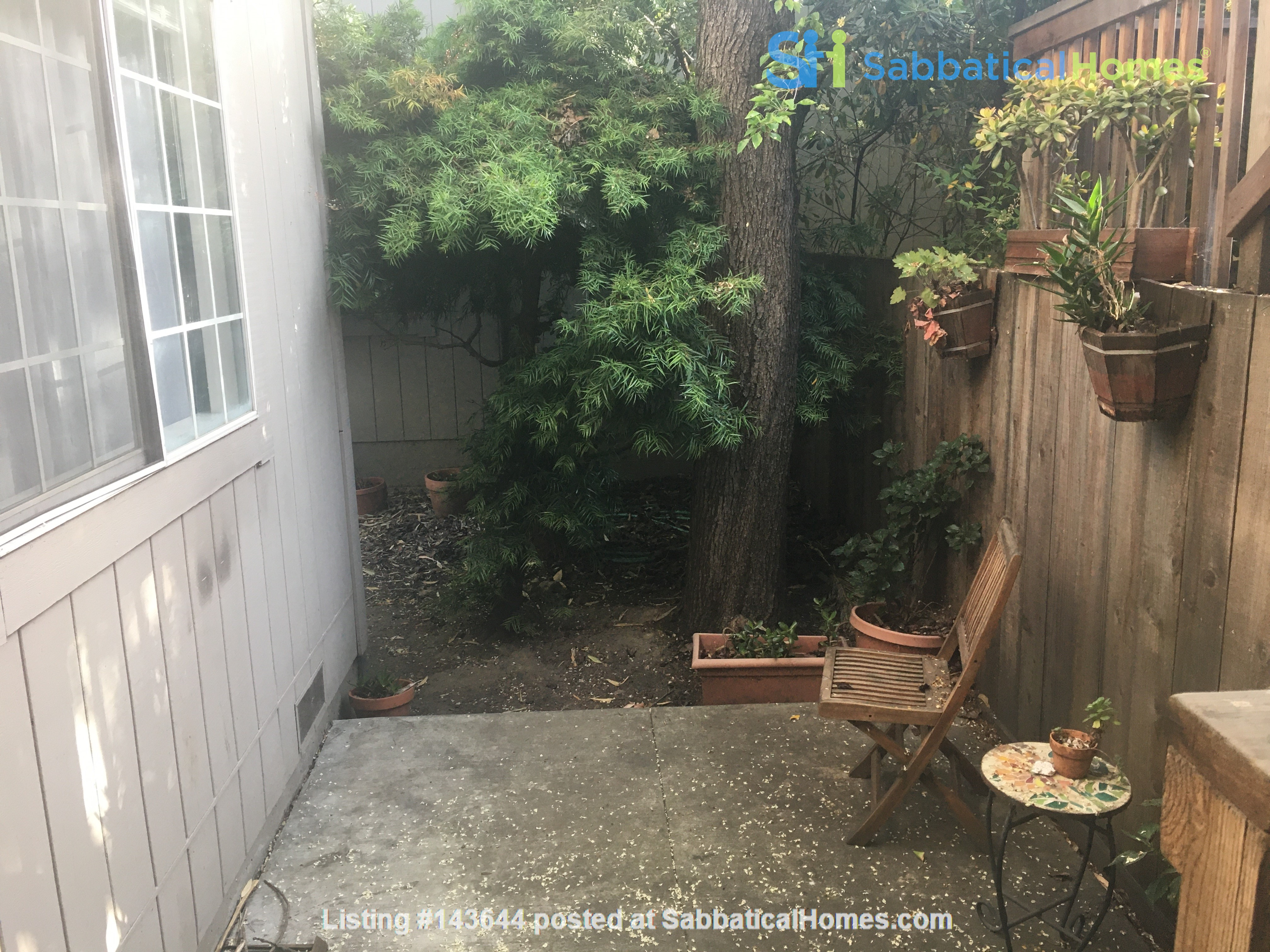 3BR, 1BA Oakland July Sublet - Negotiable Discount for Cat Sitting Home Rental in Oakland, California, United States 7
