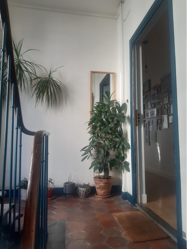 Beautiful apartment with terrace in the heart of Paris Home Rental in Paris 9 - thumbnail