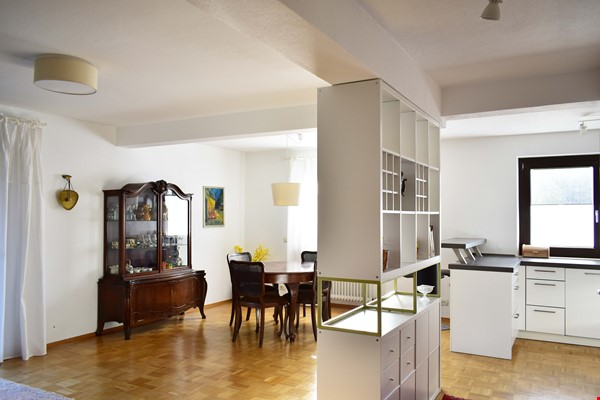 Beautiful and quiet apartment with garden Home Rental in München 2 - thumbnail