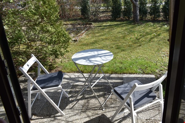 Beautiful and quiet apartment with garden Home Rental in München 7 - thumbnail