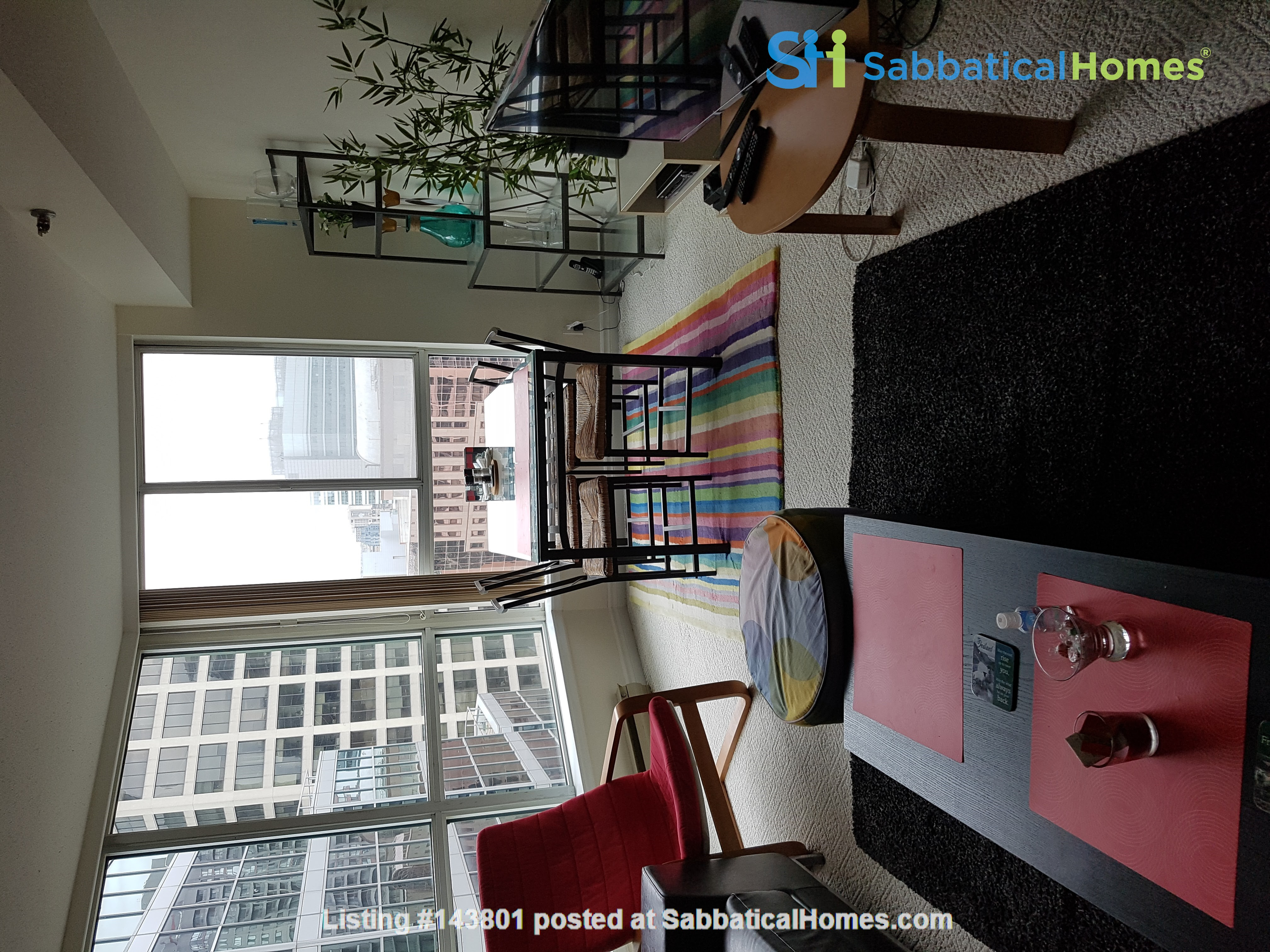 Downtown Pad, Minutes from Major Toronto Hospitals  Home Rental in Toronto, Ontario, Canada 1