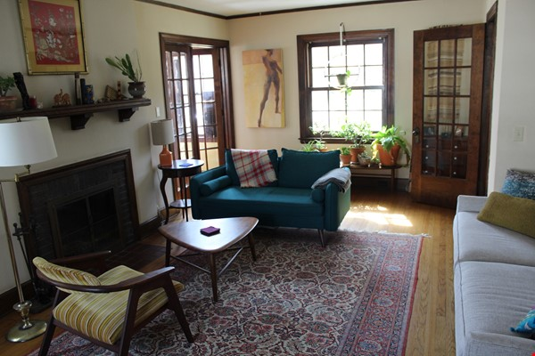 Beautiful home in family-friendly area close to campus, hospital, and shops Home Rental in Madison 1 - thumbnail