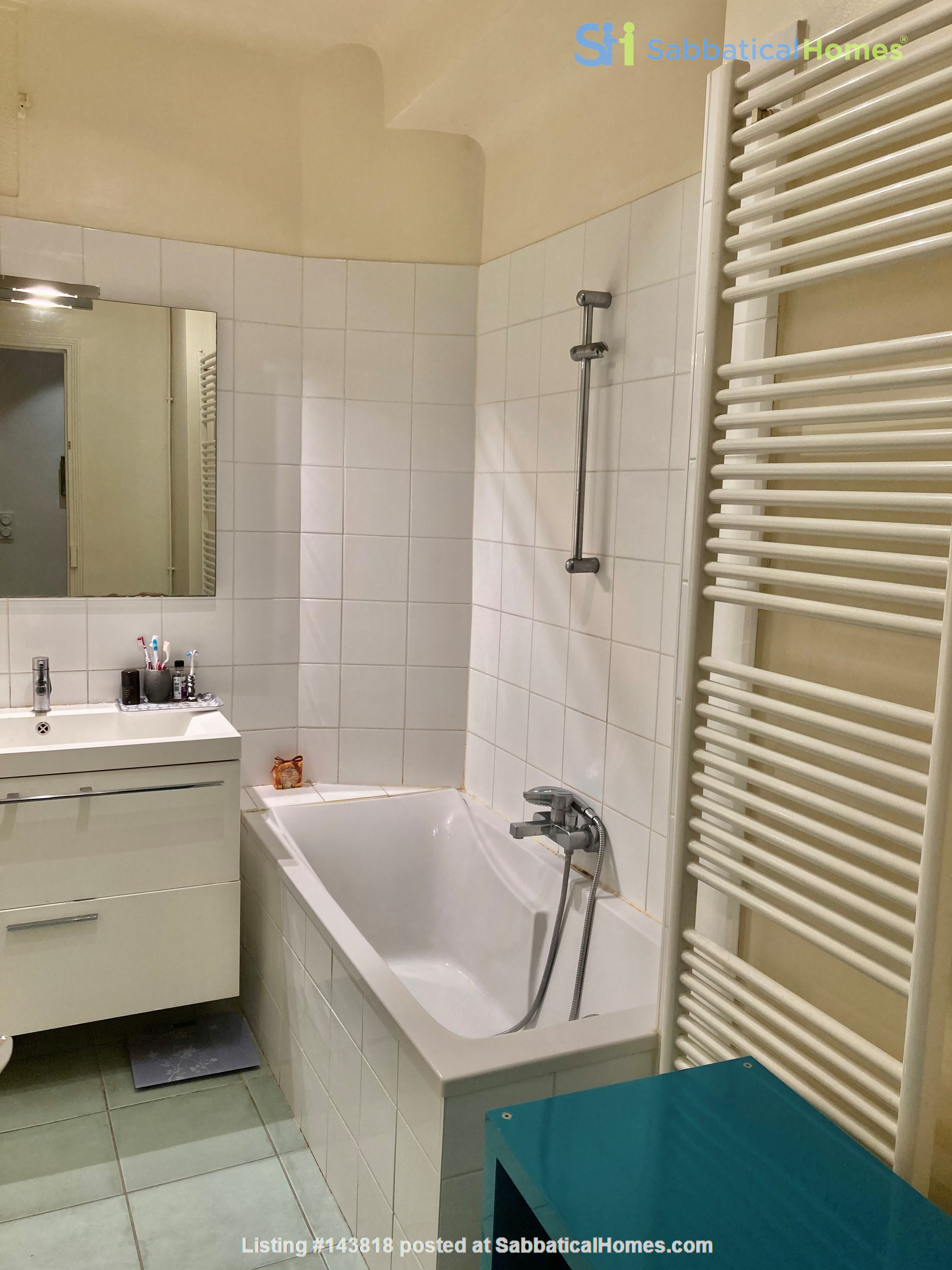 Lovely flat in Paris, perfect for academics with children Home Rental in Paris, Île-de-France, France 9