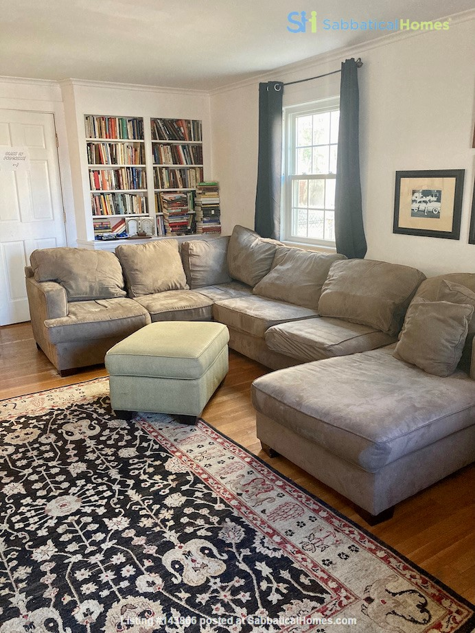 4 BR House w/ Driveway Near Tufts and Davis Square Home Rental in Somerville, Massachusetts, United States 2