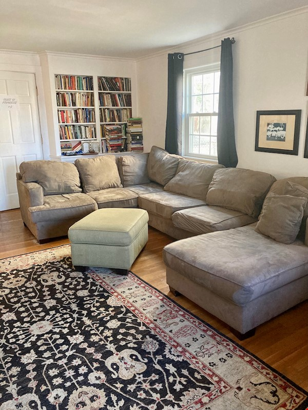 4 BR House w/ Driveway Near Tufts and Davis Square Home Rental in Somerville 2 - thumbnail