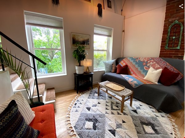 Centrally Located Loft, New Haven, Yale, SOM Home Rental in New Haven 0 - thumbnail
