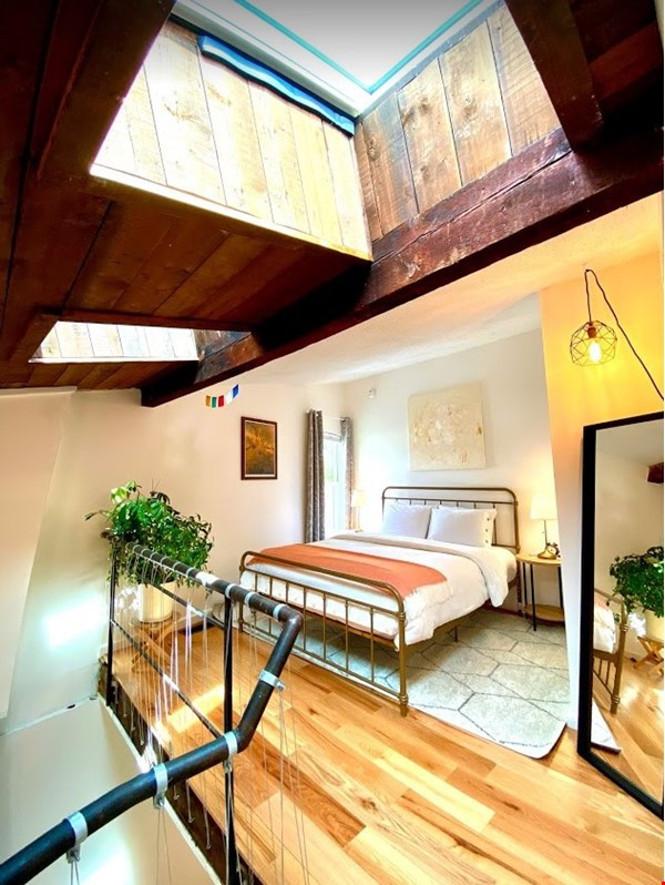 Centrally Located Loft, New Haven, Yale, SOM Home Rental in New Haven 9 - thumbnail