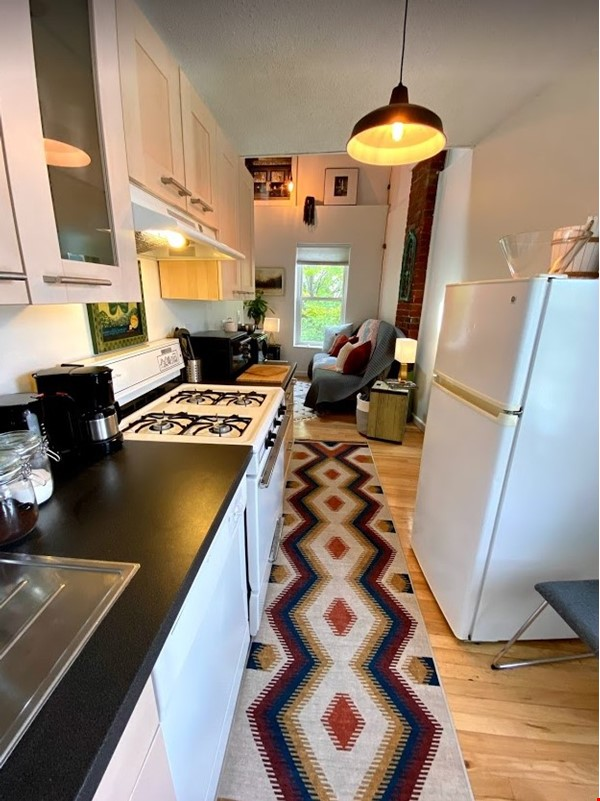 Centrally Located Loft, New Haven, Yale, SOM Home Rental in New Haven 8 - thumbnail
