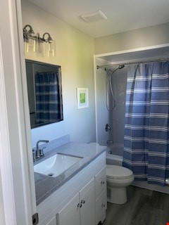Newly renovated, furnished 4 bed, 3 bath home.  Available June 1. Home Rental in Kingston 7 - thumbnail