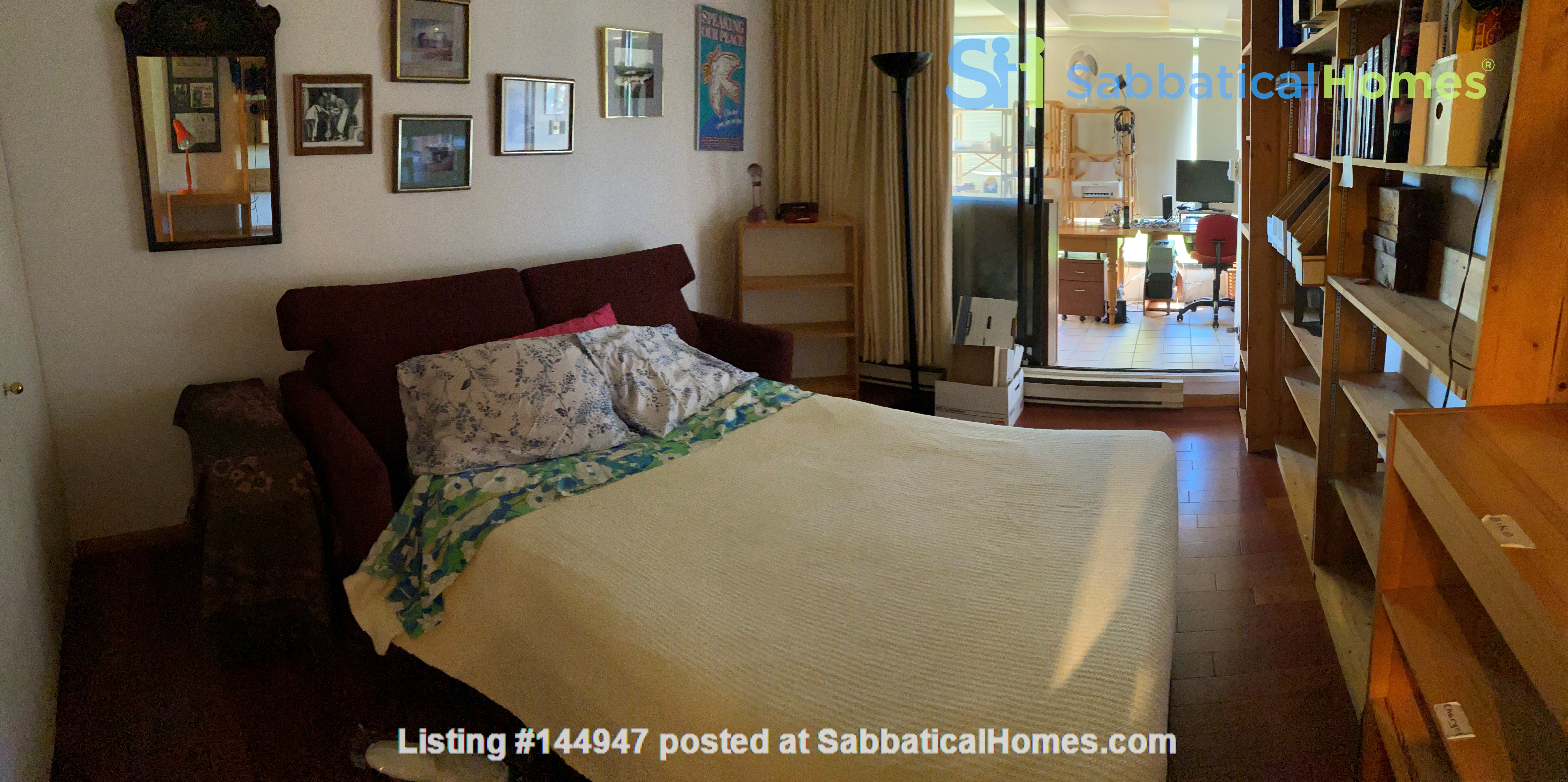 Perfectly convenient to downtown, without the noise! Home Rental in Vancouver, British Columbia, Canada 8