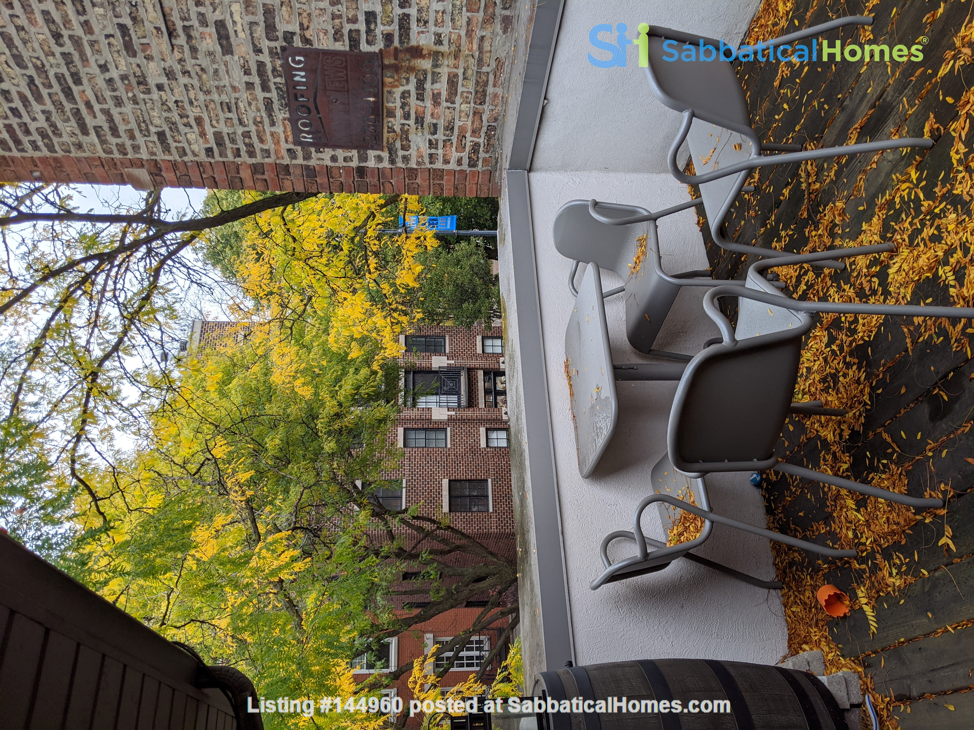 Spacious, fully furnished 3 bd/2.5 ba townhome in Lincoln Park Home Rental in Chicago, Illinois, United States 9