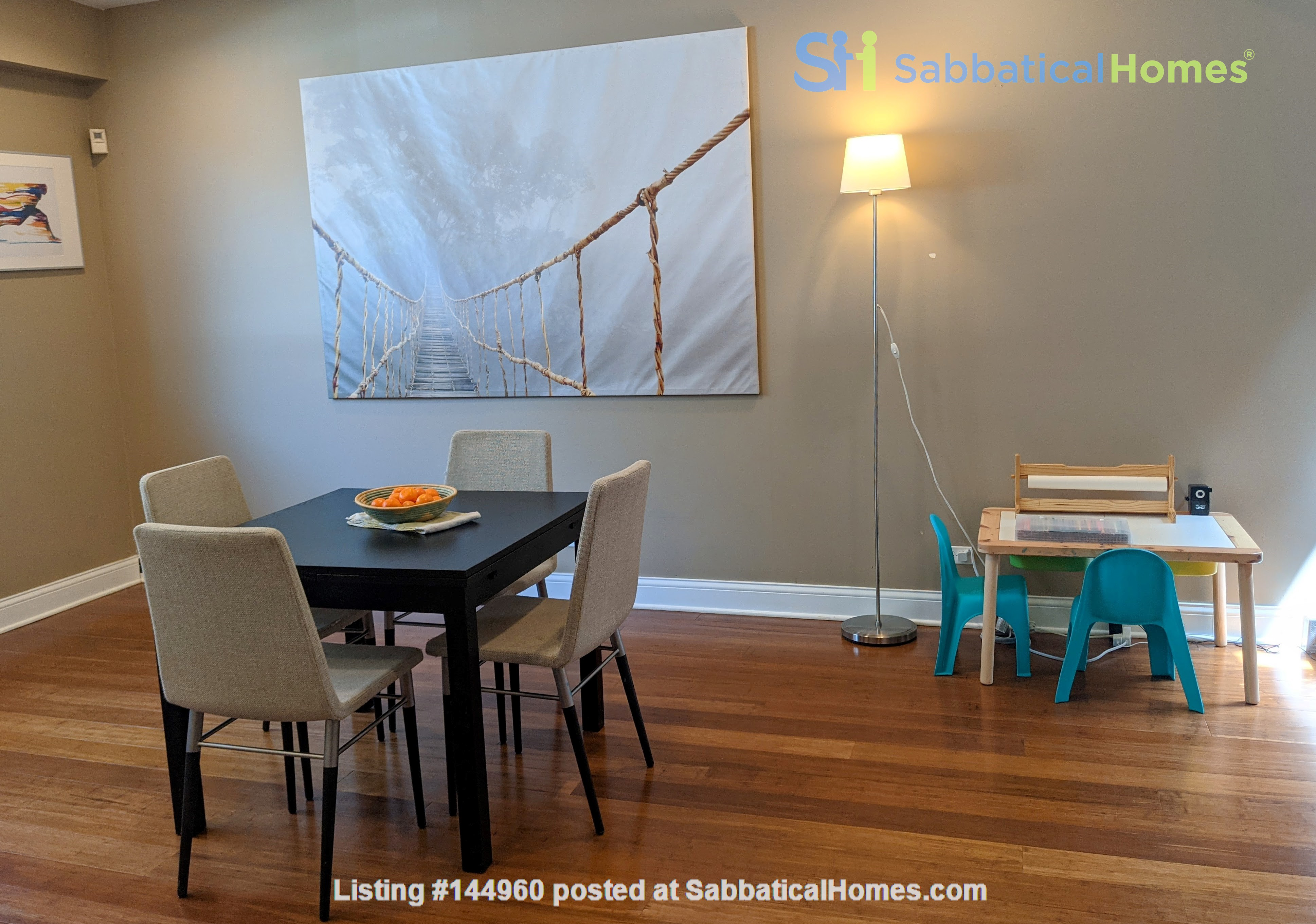 Spacious, fully furnished 3 bd/2.5 ba townhome in Lincoln Park Home Rental in Chicago, Illinois, United States 1