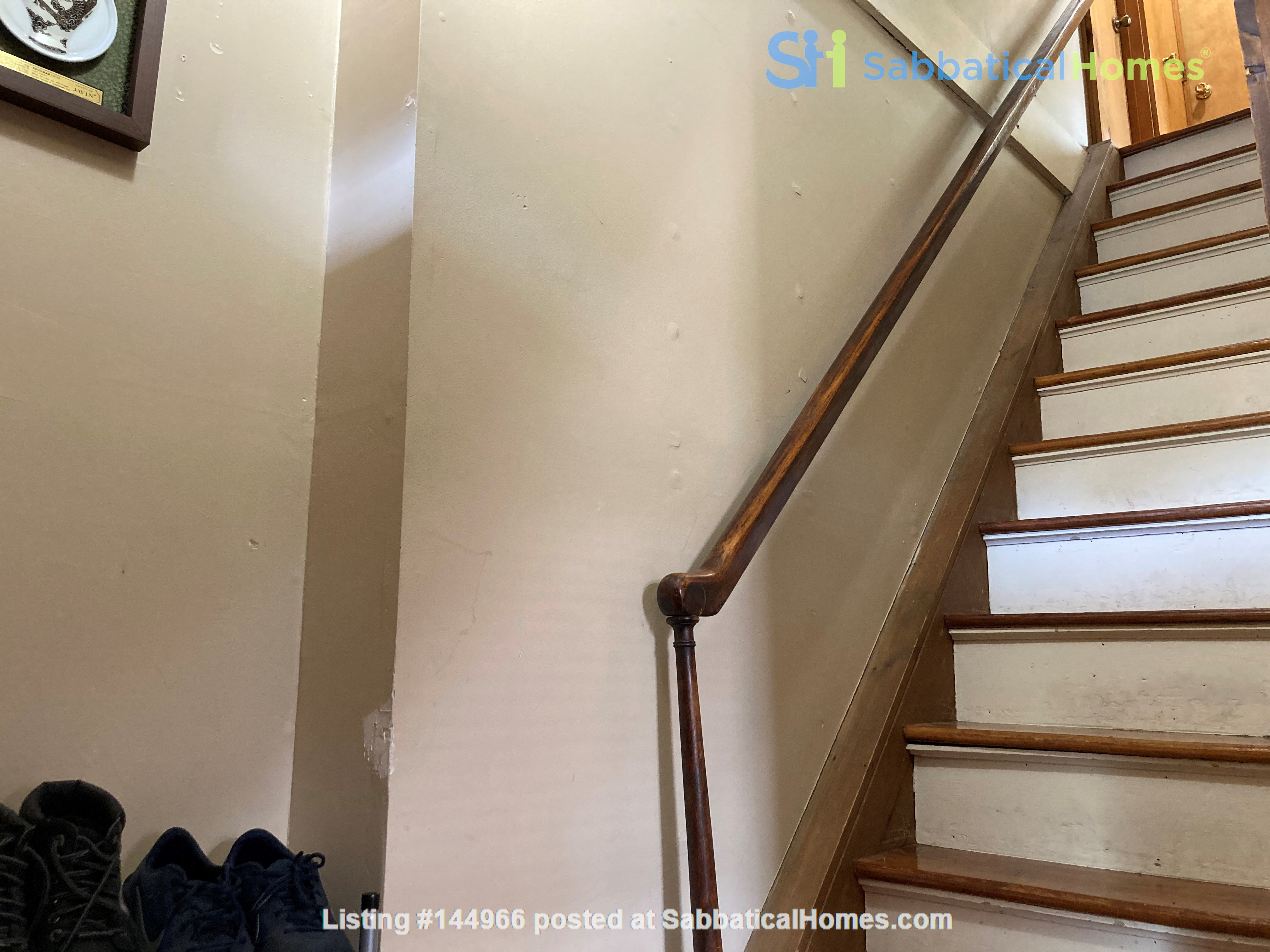 Two-Bedroom Apartment on Quiet Street; Walkable to Everything Northampton Home Rental in Northampton, Massachusetts, United States 2