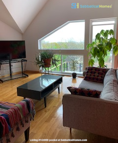 Modern House in Medford, MA 4br  Fully Furnished- Access to Boston Home Rental in Medford, Massachusetts, United States 1