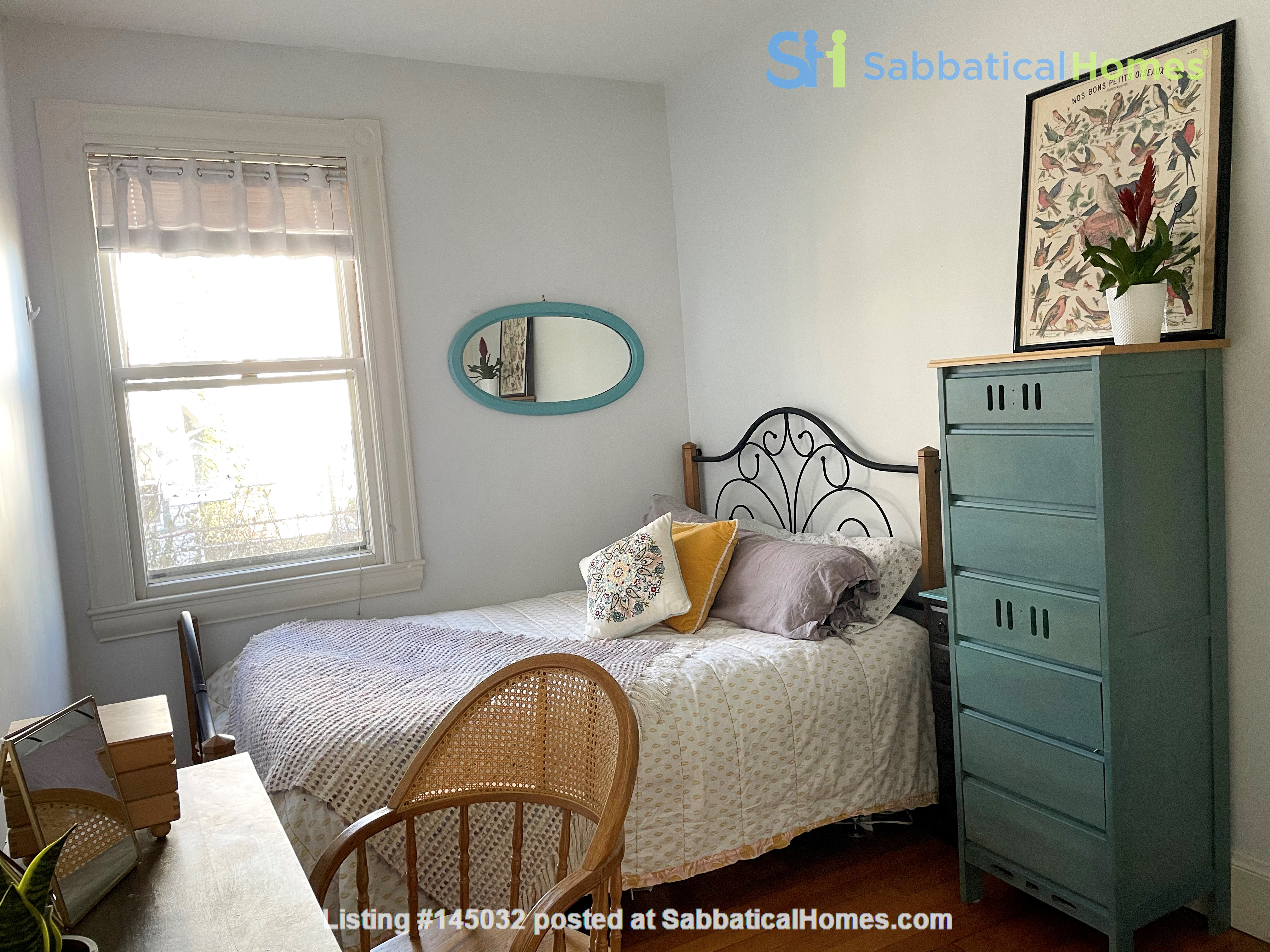 1883 historic gem in Newton Highlands— walk to park, lake—and T to Boston Home Rental in Newton, Massachusetts, United States 5