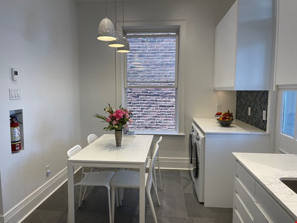 Lovely renovated apartment in a perfect Montreal setting! Home Rental in Montréal 9 - thumbnail