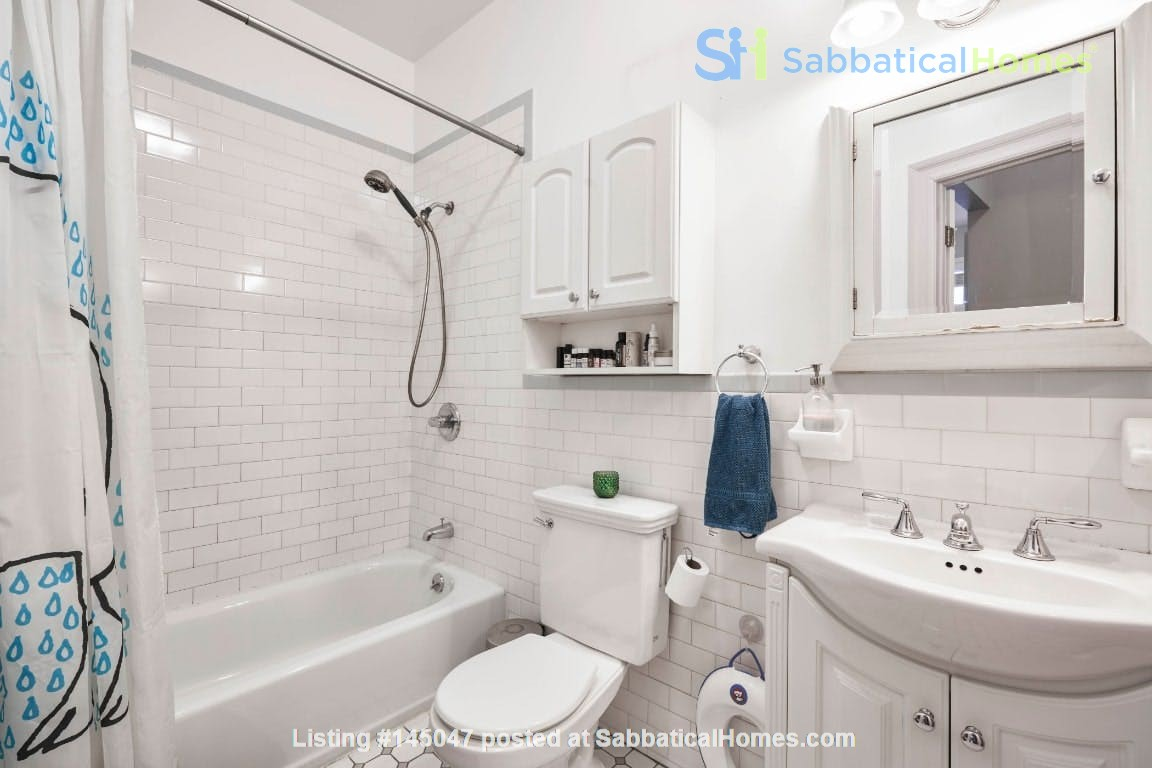Furnished 2+ bdrm/2 bath with patio, W/D, parking, ideal for families. Home Rental in Kings County, New York, United States 7